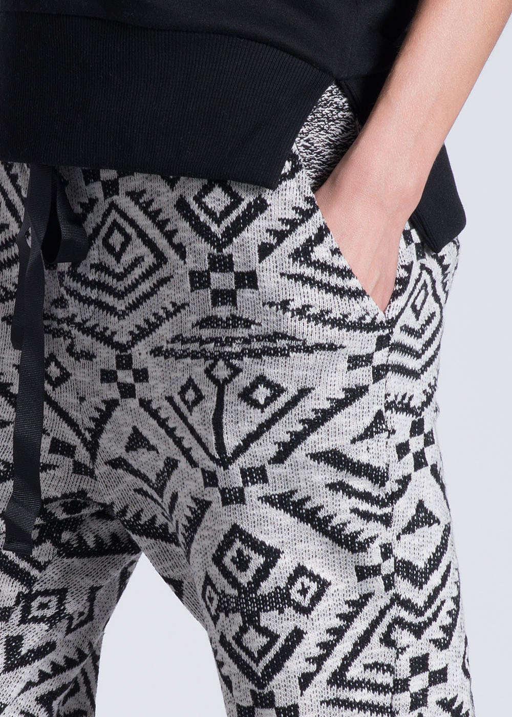 eight2nine damen sweatpant 2 taschen kordelzug ethno muster weiss schwarz ebay. Black Bedroom Furniture Sets. Home Design Ideas