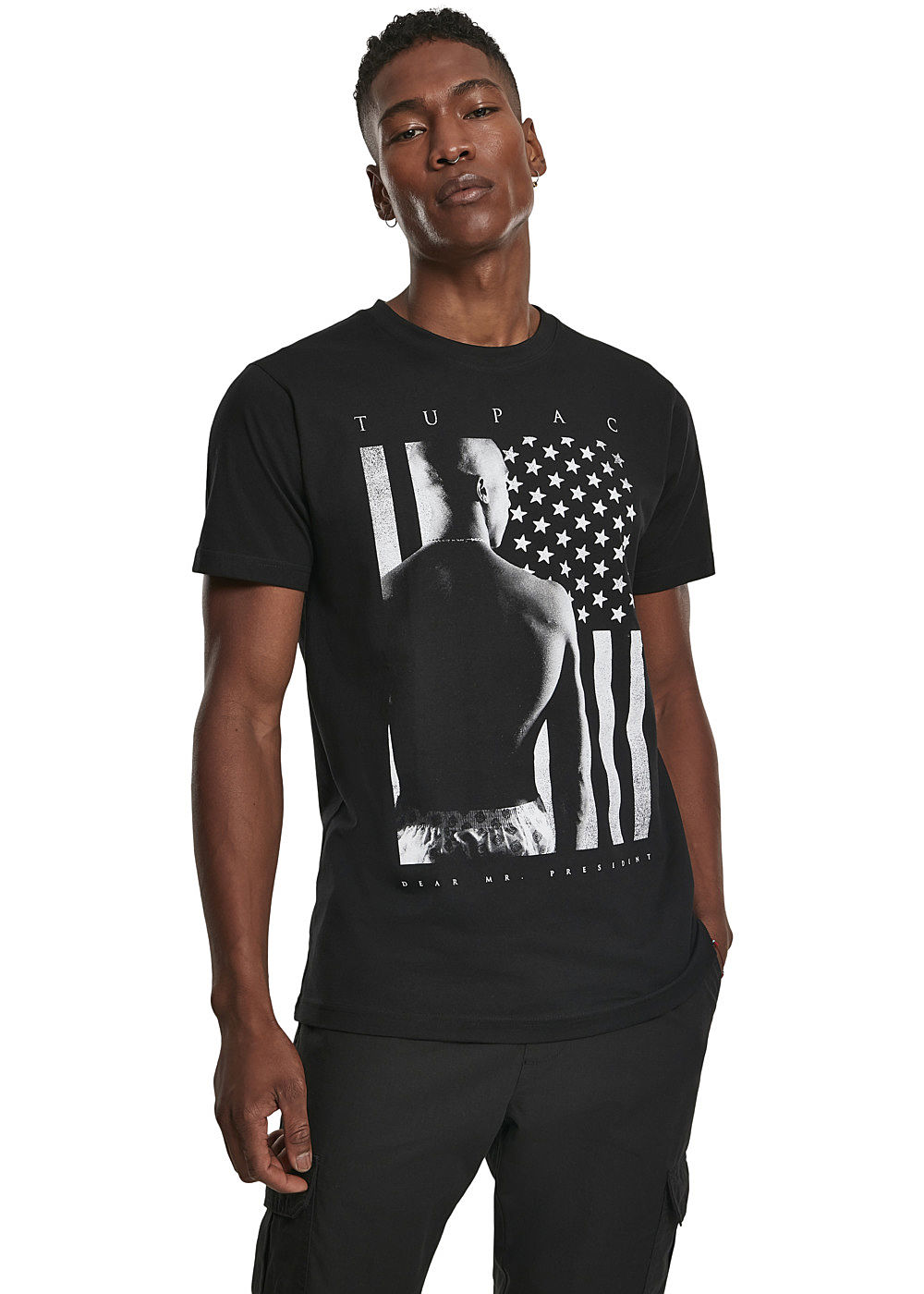 Mister Tee TB Herren T Shirt 2Pac President Print schwarz