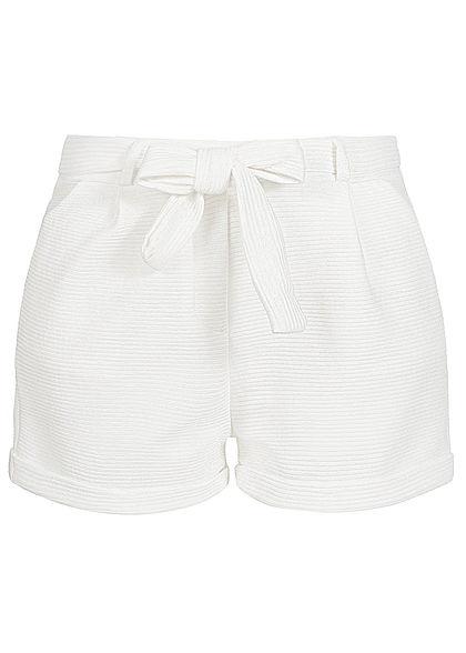 Styleboom Fashion Damen Paper-Bag Shorts inkl. Gürtel Ripp-Muster weiss