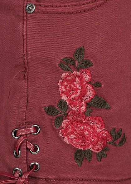 Seventyseven Lifestyle Damen Jeans Shorts mit Stickerei 5-Pockets bordeaux rot