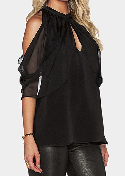 Styleboom Fashion Damen Bat Wings Choker Chiffon Top schwarz