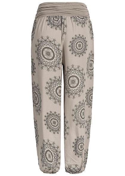 Styleboom Fashion Damen Summer Pants Mandala Print fango beige