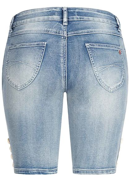 Seventyseven Lifestyle Damen Trachten Capri Shorts 5-Pockets hell blau denim