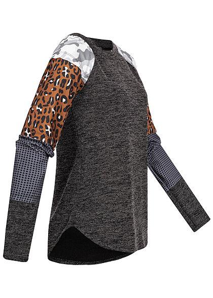 Styleboom Fashion Damen Sweater Camo Leo Print dunkel grau