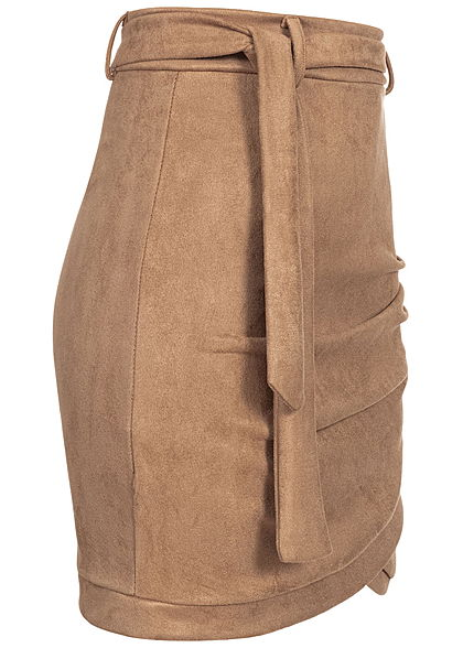 Styleboom Fashion Damen High-Waist Kunstleder Mini Rock Velour Optik camel braun