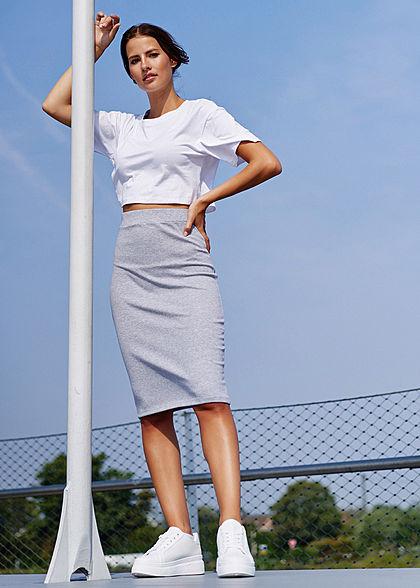 Styleboom Fashion Damen Cropped T-Shirt Oversized weiss