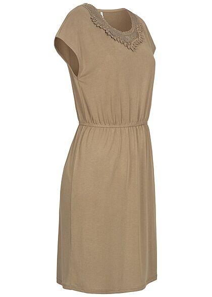 ONLY Damen Sommer Mix Kleid Taillengummibund und Häkelbesatz elmwood oliv grün
